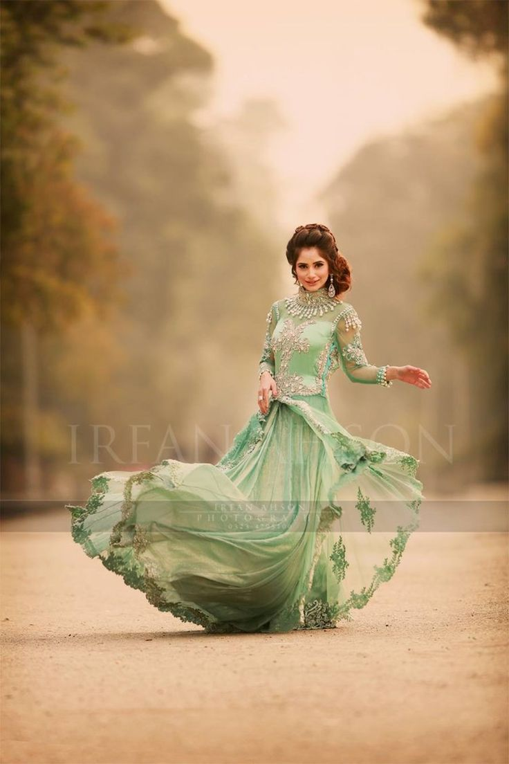 irfan-ahson-wedding-photography-pakistan-dresses-12 width=
