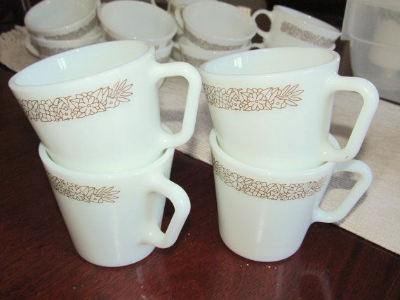 Beautiful Vintage Corelle Woodland Brown Coffee Mugs by
