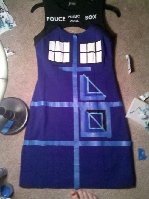 TARDIS Dress: How To - With Tape and Paint
