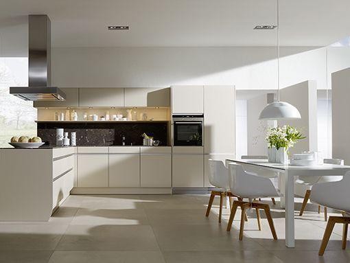 Great Una cocina blanca y c lida