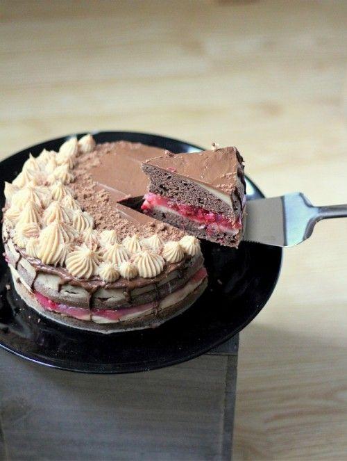 Gesztenyés-meggyes mentes torta