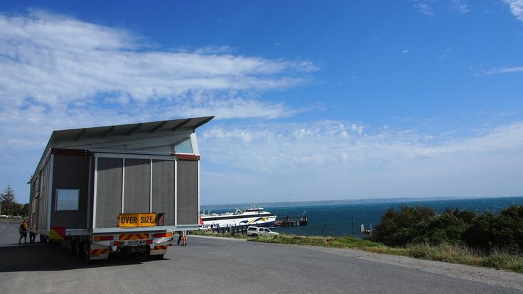 The Kangaroo Island Holiday Shack known as the Supashak project is an award winning, contemporary transportable house designed to suit Australian climates.