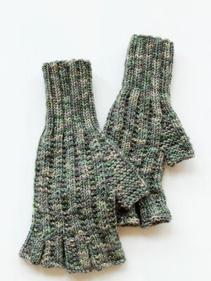 Neulotut kynsikkäät Novita 7 Veljestä Viidakko | Novita knits