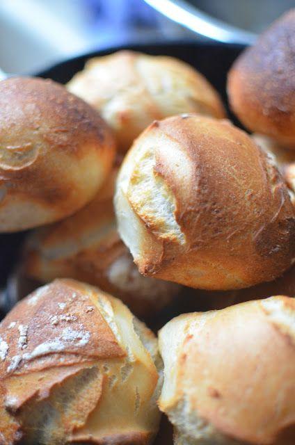 Mere mad med Mia er en madblog med opskrifter lækre på retter, kager og desserter krydret med flotte billeder.