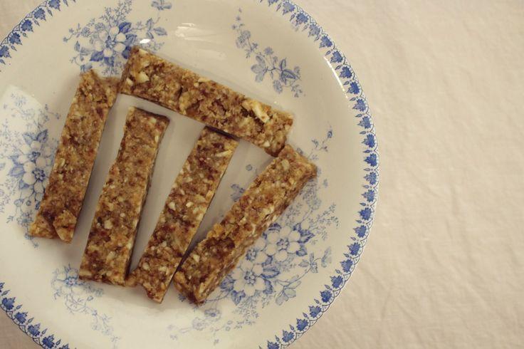 Sticky dadel amandel repen - heerlijke en voedzame homemade energierepen