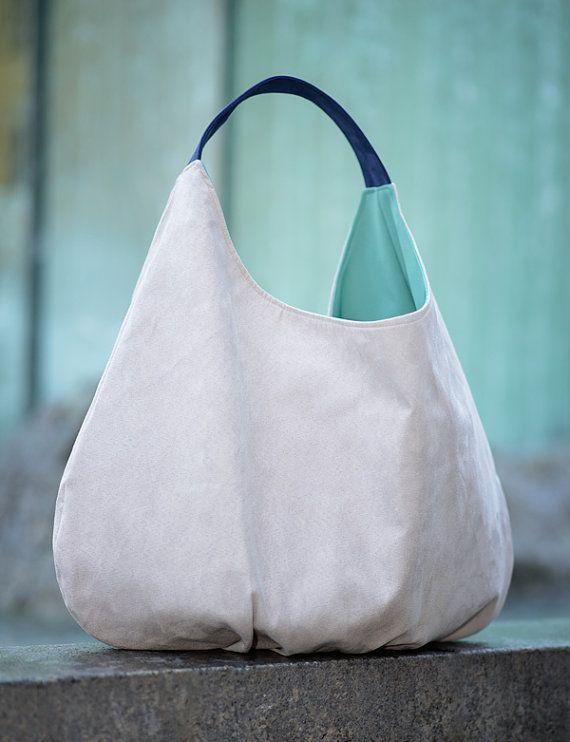 XXL compressible Hobbo sac en alcantara (éco, Suède).  Titulaire contrasté et finition.  À lintérieur de la doublure, deux poches - grand double et
