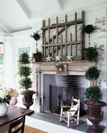 outdoor fireplace cottage style
