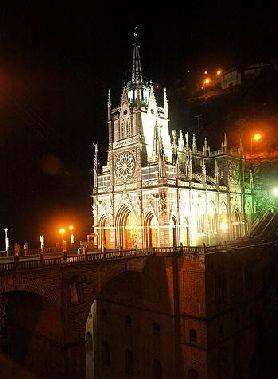 Admires esta maravilla. l Santuario de Las Lajas se encuentra en el corregimiento del mismo nombre, a unos 7 kilómetros del centro de Ipiales, Departamento de Nariño, al sur occidente de Colombia.