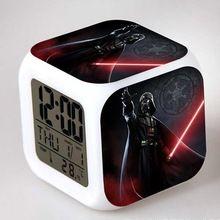 Star Wars Lightsaber Brinquedos LED horloge alarme Colorful changer automatiquement Yoda Saat Despertador Action Figure jouets(China (Mainland))