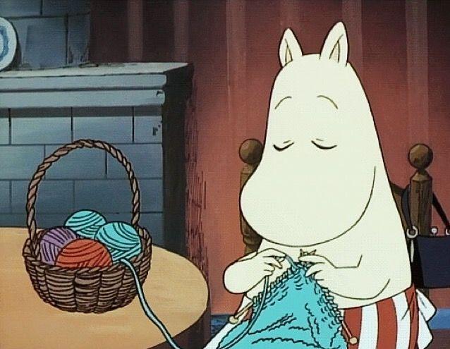 Moominmamma knitting.