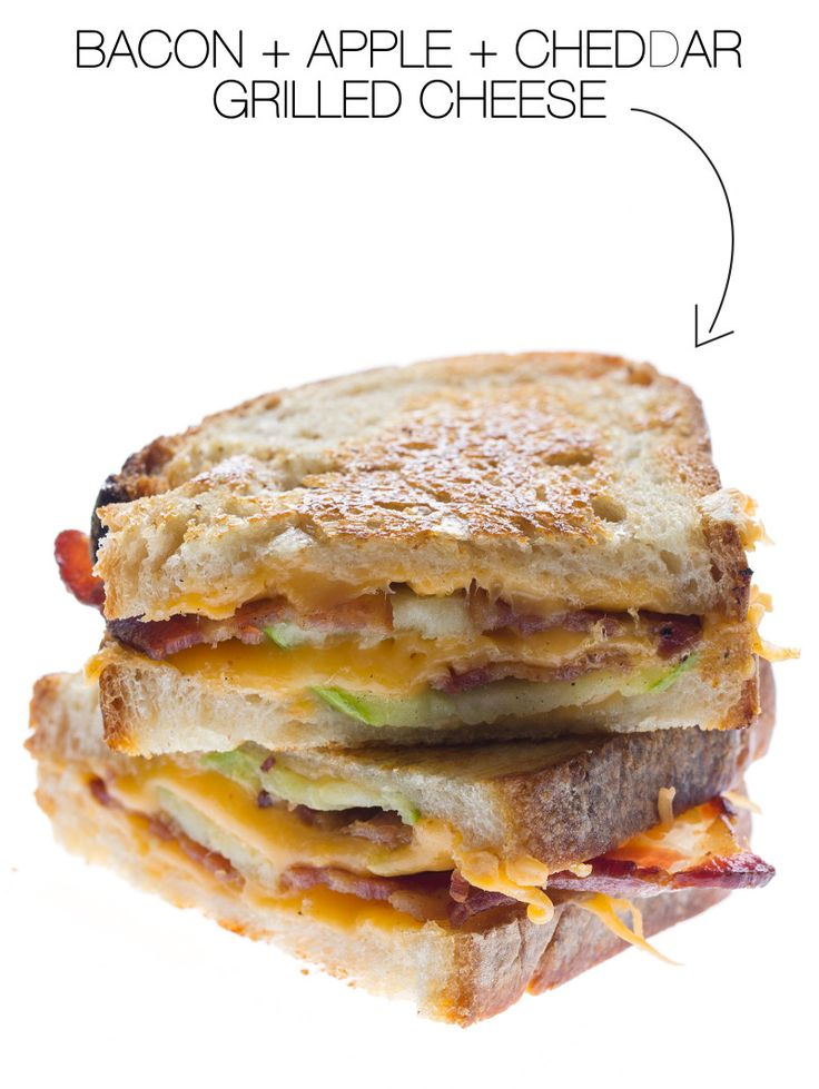 Learn how to cook up this delicious bacon, apple, grilled cheese sandwich. #GrilledCheeseMonth2014