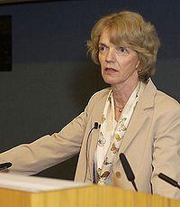 Patricia Smith Churchland (16 de julio de 1943) es una filósofa canadiense norteamericana. Desde 1984 desarrolla su labor en San Diego, en la Universidad de California. Actualmente es profesora en el departamento de filosofía de la Universidad de San Diego, profesora adjunta en el Instituto Salk para estudios Biológicos, y asociada al Laboratorio Computacional de Neurociencias (Sejnowski Lab) en el Instituto Salk. Ganó el Premio MacArthur en 1991.