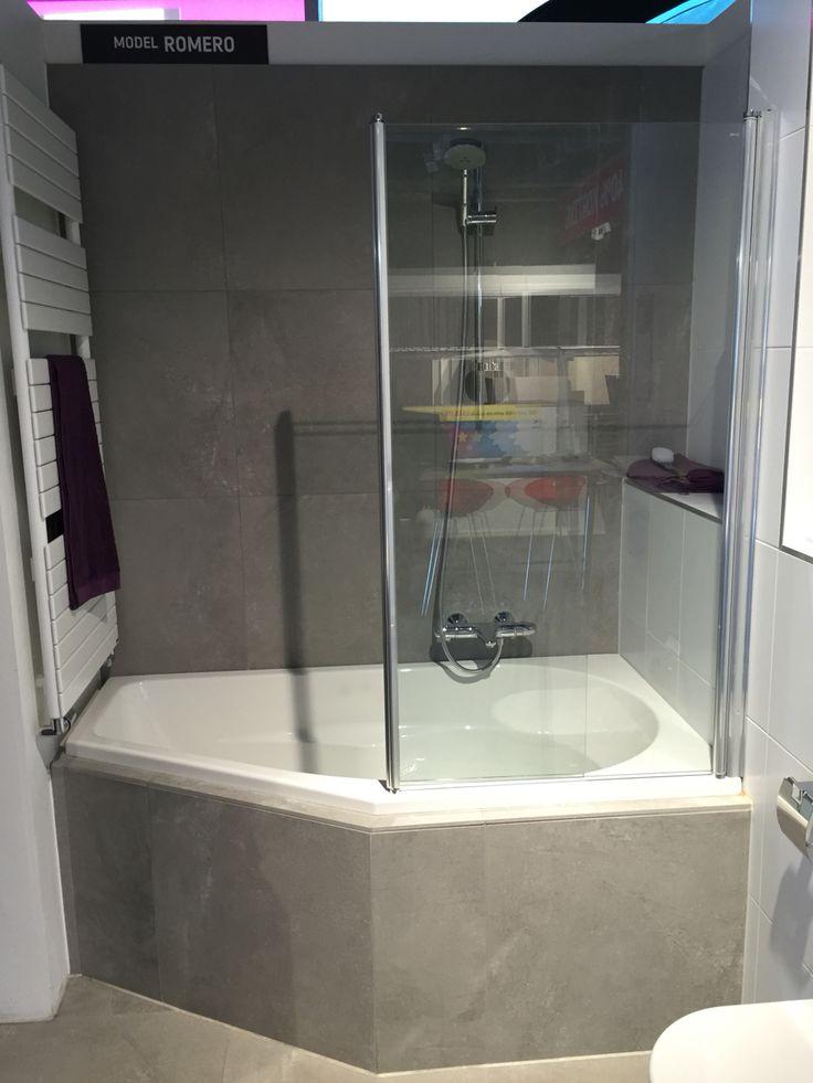 Hoekbad voor kinderbadkamer