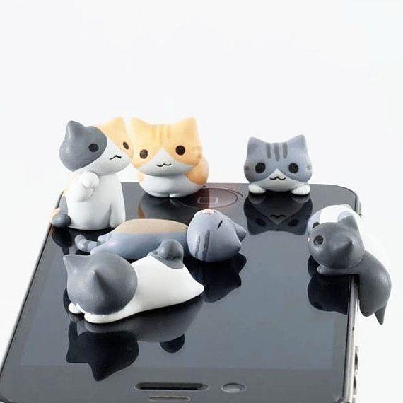 6 generi adorabile grigio dolce gattino gatto Kitty polvere spina gialla 3.5mm Plug telefono iPhone 4S 5 5S Plug Samsung fascino cuffia Jack orecchio parapolvere