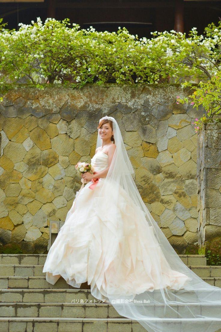 Prewedding Photography in Maya Ubud.  マヤウブドでフォトツアーのM様&S様。花嫁様のソロショット☺  #マヤウブド #ウブド #バリ#バリ島#バリ旅行#フォトツアー#フォトウェディング #ウェディングフォト #前撮り #weddingphotography #weddingideas #baliwwdding #bali #ubud #indonesia #preweddung #fotowedding