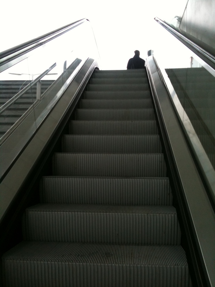 Moving stairs
