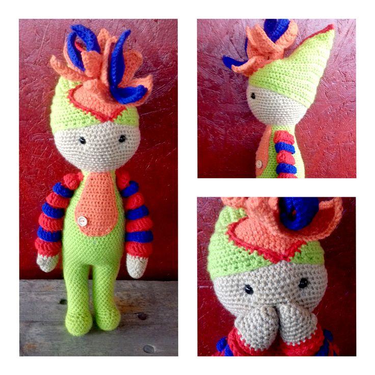 Bird of Paradise Paco (Strelitzia flower) made by Renata O - crochet pattern by Zabbez