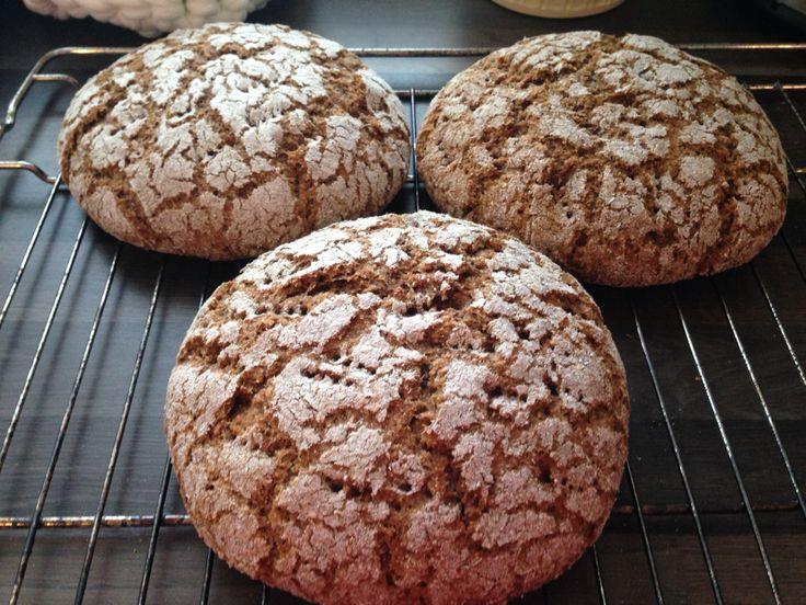 Dark finish bread ruisleipä