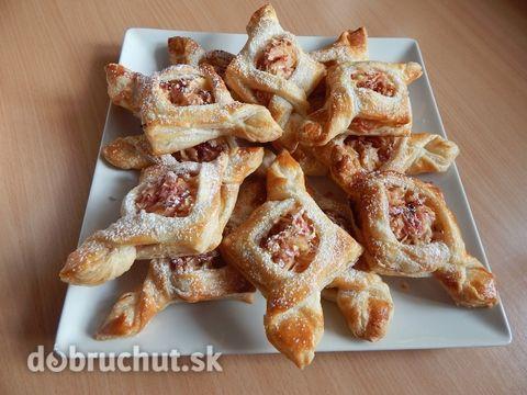 http://dobruchut.azet.sk/recept/36618/fotorecept-jablkove-tasticky/