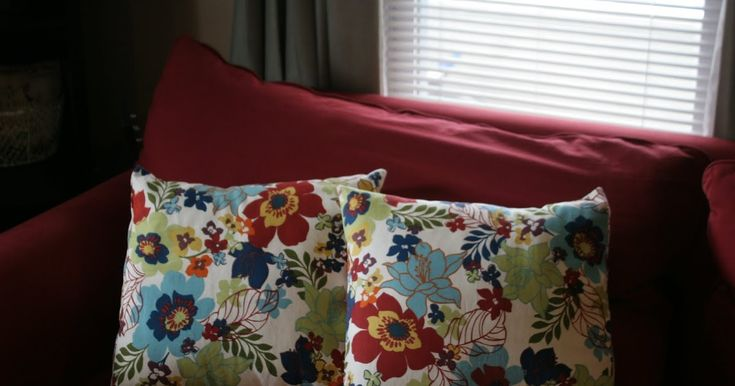 Making throw pillows is another great sewing project for beginner sewers, like myself. I really love projects that only require straight lin...