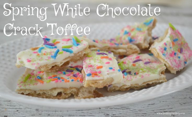Spring White Chocolate Crack Toffee, christmas crack, toffee crack recipe, toffee crack, cracker crack recipe, saltine crack toffee, saltine toffee, cracker desserts, white chocolate crack