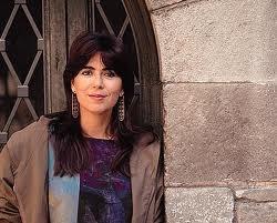 Maria del Mar Bonet i Verdaguer es una cantante y compositora española en lengua catalana, con una larga trayectoria de investigación en las músicas populares de las islas Baleares, Cataluña, y de todo el entorno mediterráneo
