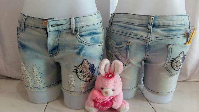 #celana #pendek #jeans #hellokitty uk. 27-32 @ 180.000