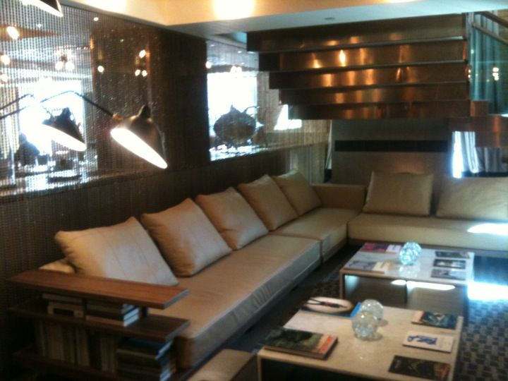 http://www.roomcritic.com/guest-photos-video-reviews/europe/united-kingdom/london/belgraves-hotel