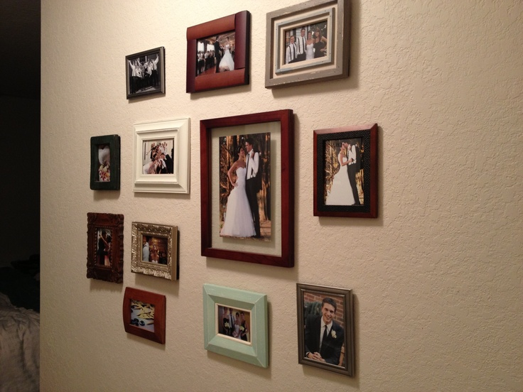 Picture wall Random frames Interior Design Pinterest