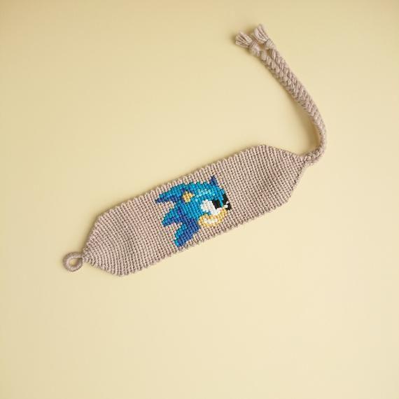 Sonic The Hedgehog Cotton Bracelet Knotted Woven Jewelry Etsy Diy Friendship Bracelets Patterns Best Friend Bracelets Friendship Bracelets Diy