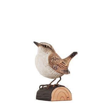 DecoBird Wren is a life-like wooden bird that is carved and painted by hand in environmentally friendly paint.#DecoBird  #wren #Zaunkönig #gärdsmyg #wildlifegarden.info #wildlifegarden