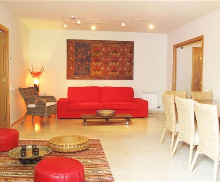 Lei leilighet i Sitges i Spania. Priser fra NOK 7226 til NOK 14452. Id 13110