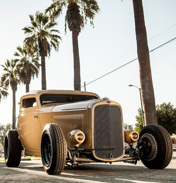 utwo:  1932 Ford Deuce  © Takehito Yamato - Kustom Kulture- I Live For This Shit