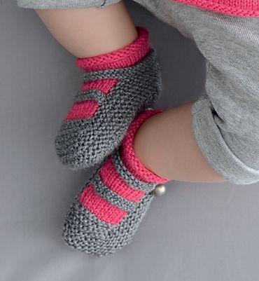 Modèle chaussons esprit sandales