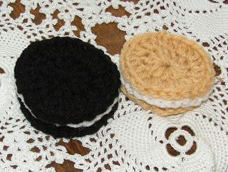 Celebrate National Oreo Day with these crochet Oreos by The Crochet Geek