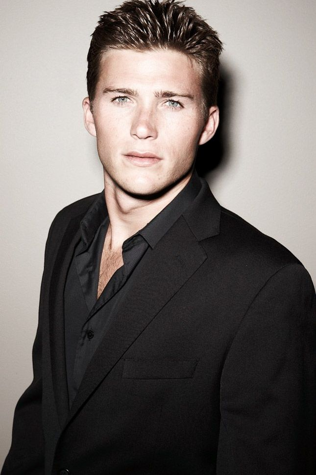 Scott Eastwood, Clint's son is a chip off the old block!