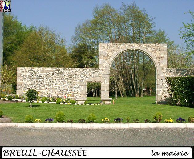 79BRESSUIRE-BREUIL-CHAUSSEE_mairie_104.jpg