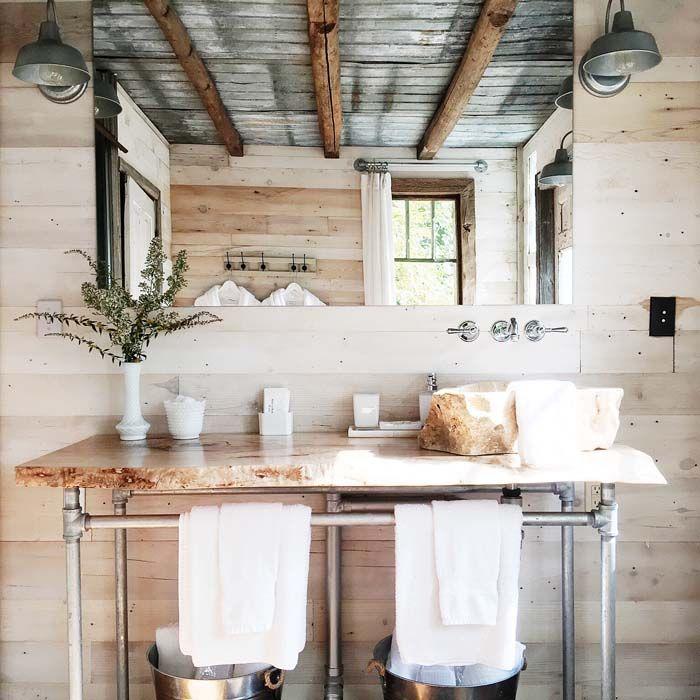 Get inspired by the Bunkie // Cabin via @Poppytalk !! So pretty!...
