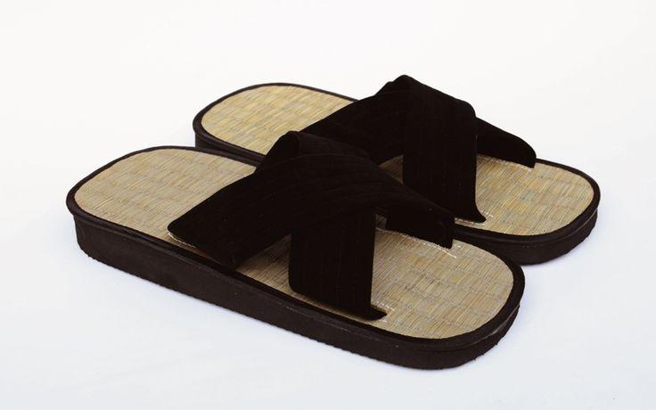Tatatmi sandals. Now available at: www.tatami,co.il סנדלי טאטמי מסורתיים