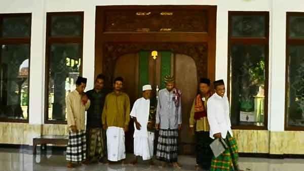Menilik Pesona Masjid Tertua di Bojonegoro