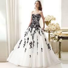 Risultati immagini per abiti da sposa neri 2016