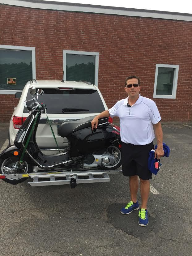 Here's John C from Wethersfield and his new 2015 Vespa Sprint 150 ABS in Black. It's a nice upgrade from his ET 2 50. Thanks for your business John & enjoy!  #vespa #vespahartford #scooter #scootercentrale #piaggio #fun #summer #smile #sprint