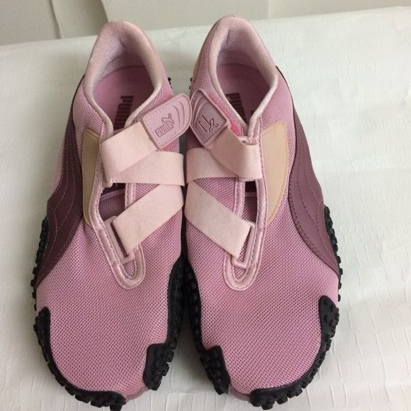 Woman Puma Mostro Pink Comfort Sneakers Brand new, slip on with strap detail and hook-and-loop closure Puma Shoes Athletic Shoes