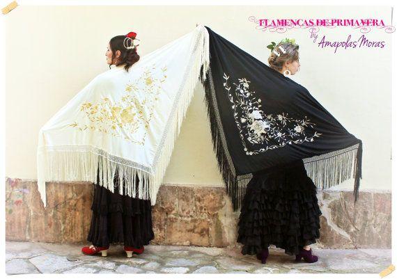 Triangle embroidery piano shawl Manila flowers in by AmapolasMoras