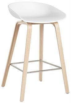 """About a Stool från Hay ingår i en serie som heter """"About A"""". I serien finns bord, stolar och barstol i flera olika utföranden. #barstolar  #dialoginterior"""