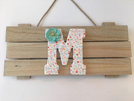 Eerste Decor, Pastel kwekerij Decor, Letters voor kwekerij Girl kamer decoratie meisje Baby douchegift, Letter M, decoratieve Letters