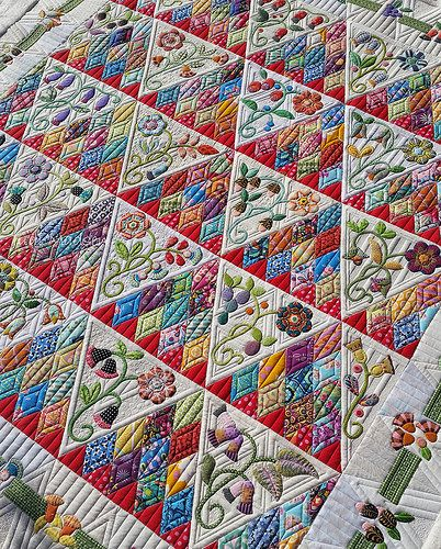 Gorgeous quilting on Sweet Surrender quilt by Green Fairy Quilts