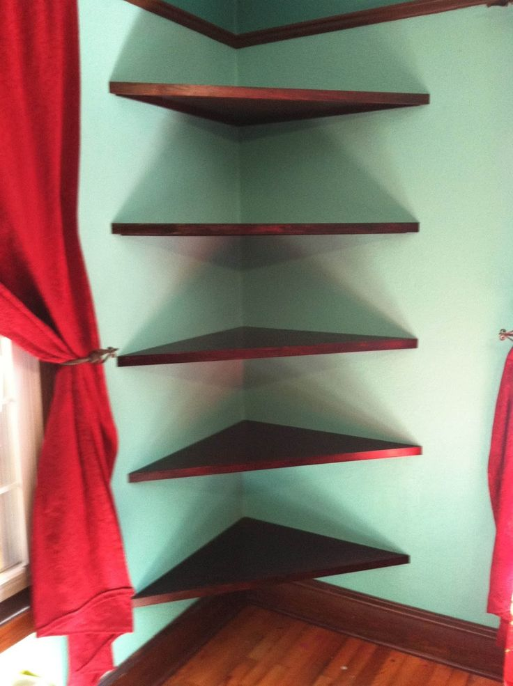 Thats what I need! :) corner shelves for all my books! and pictures
