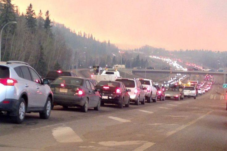 Un immense incendie de forêt qui brûle près de Fort McMurray, dans le nord de l'Alberta, a détruit 80% des maisons dans un quartier et causé de lourds dégâts dans...