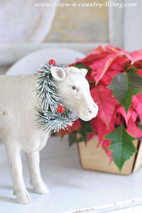 Christmas Farmhouse Vignette